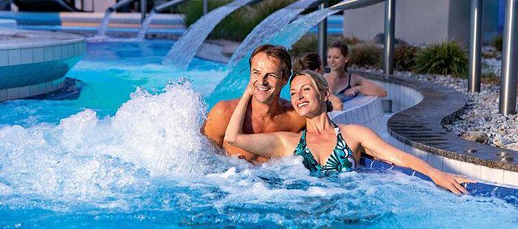 Hofmark Pool Paar