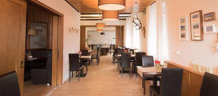 Holger Restaurant