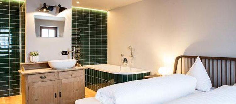 Holzgauerhaus Zimmer Real Stammhaus2