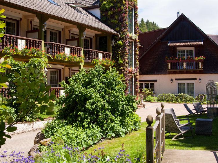 Hostellerie La Cheneaudiere Exterieur Jerome Mondiere 14 1