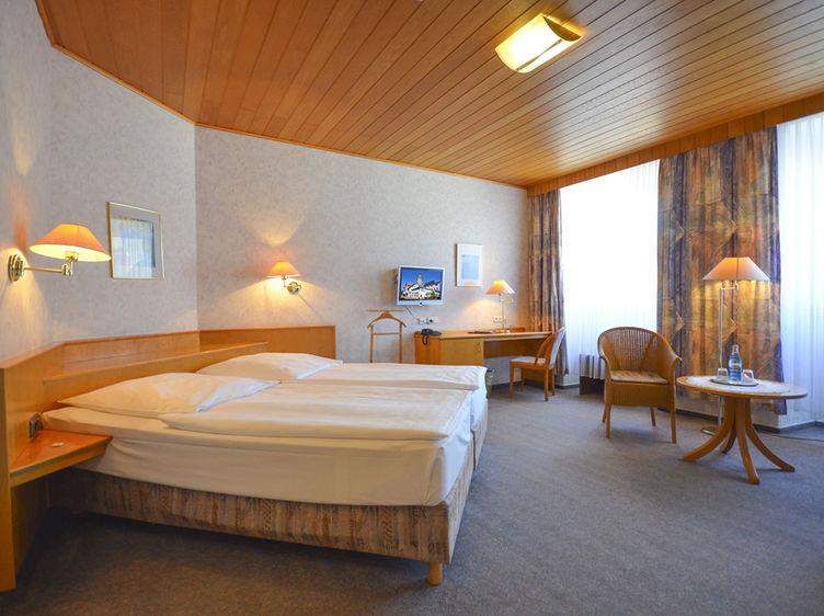 Hotel Felsenkeller Idstein 6 1 1
