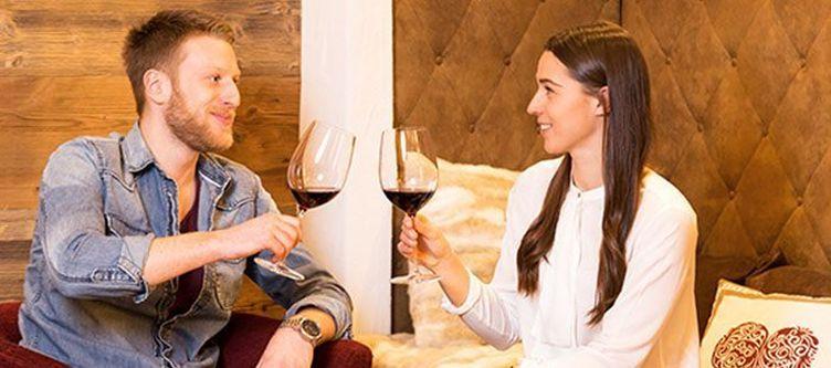 Hotelamschloss Wein Paar