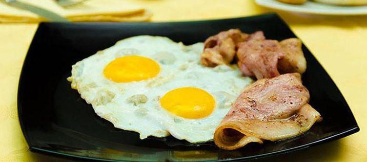 Imperina Fruehstueck Ham And Eggs