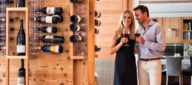 Interski Restaurant Paar Wein