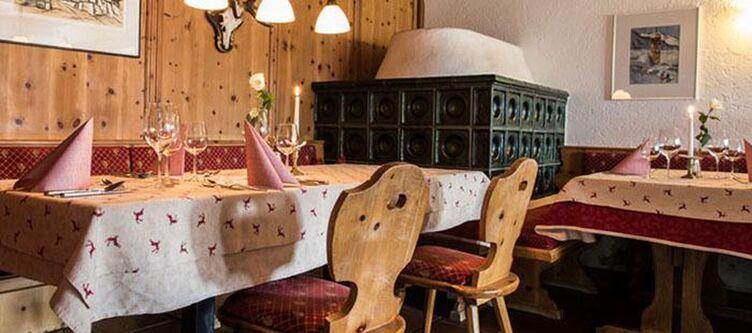 Jaeger Restaurant3