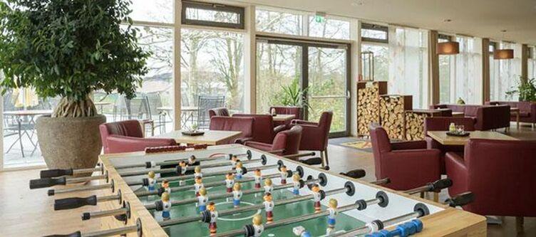 Jufa Wangen Lounge Tischfussball