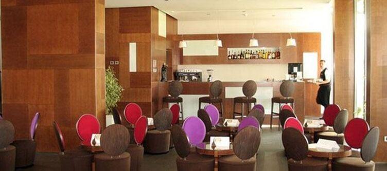 Kaj Lounge