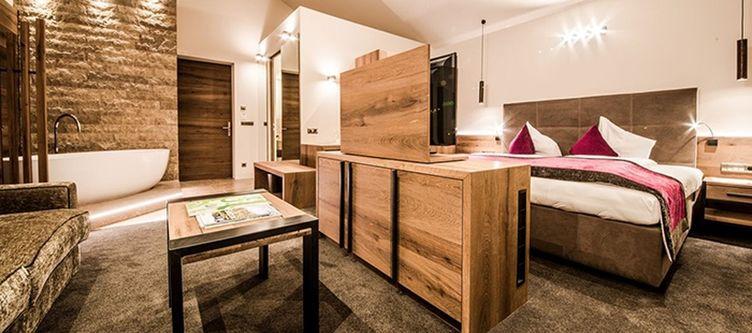Kirchsteiger Zimmer Suite Deluxe