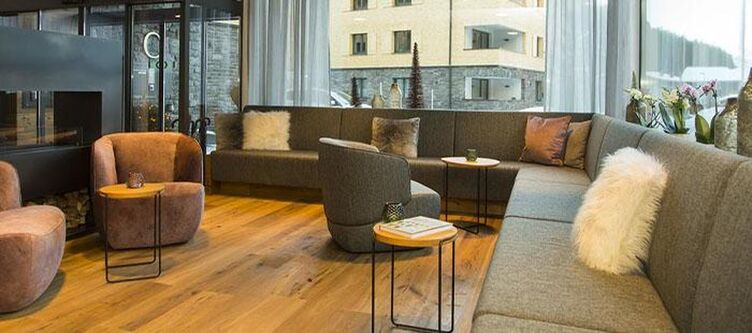 Kloesterle Lounge