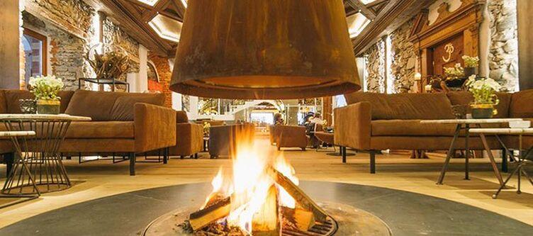 Klosterbraeu Lounge Kamin