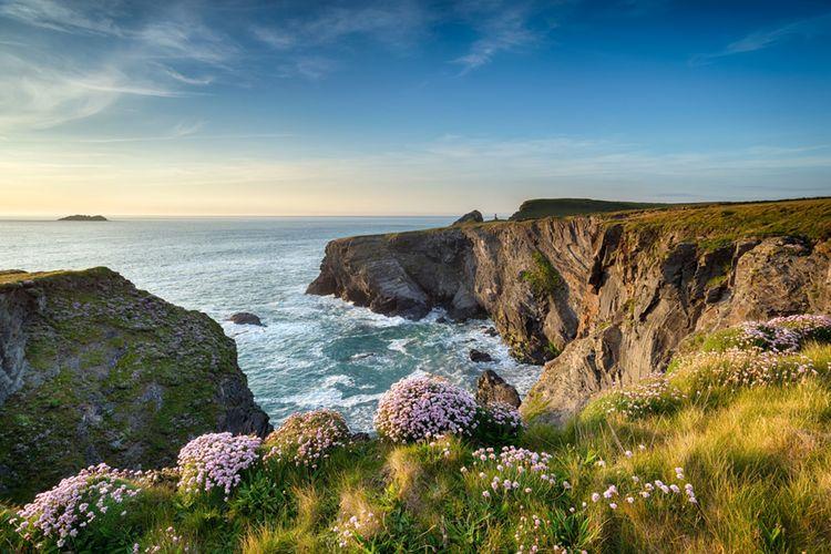Kueste Cornwall Helen Hotson Fotolia X
