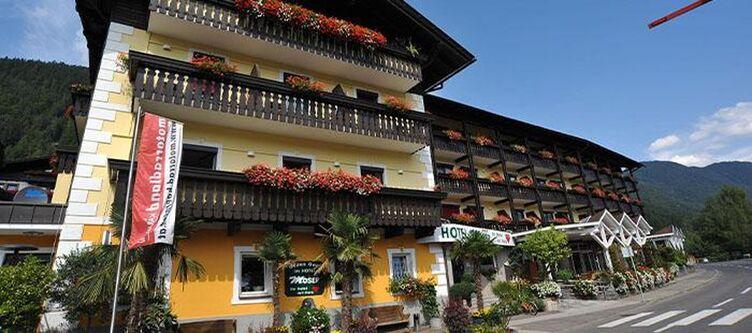 Lacus Hotel2