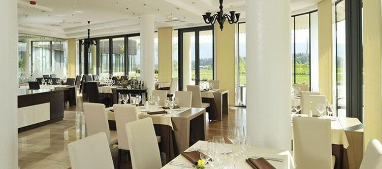 Lambergh Restaurant2