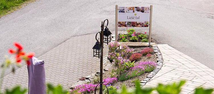 Liestal Hotel Einfahrt