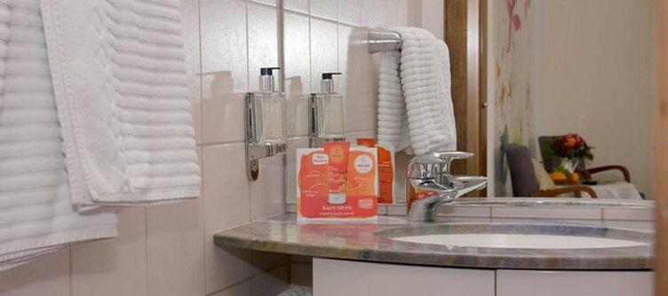 Liestal Zimmer Standard Bad