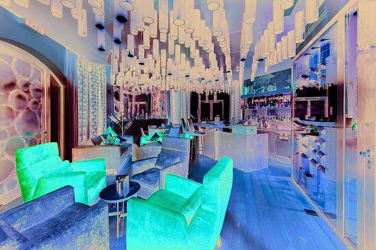 Lions Lounge 1