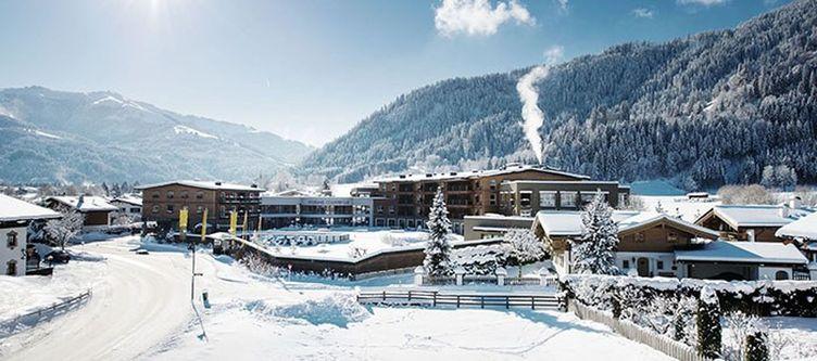 Lodge Hotel Winter3