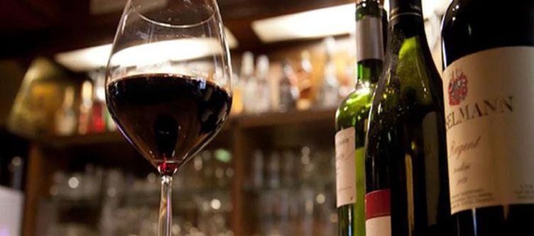 Ludwig Bar Wein