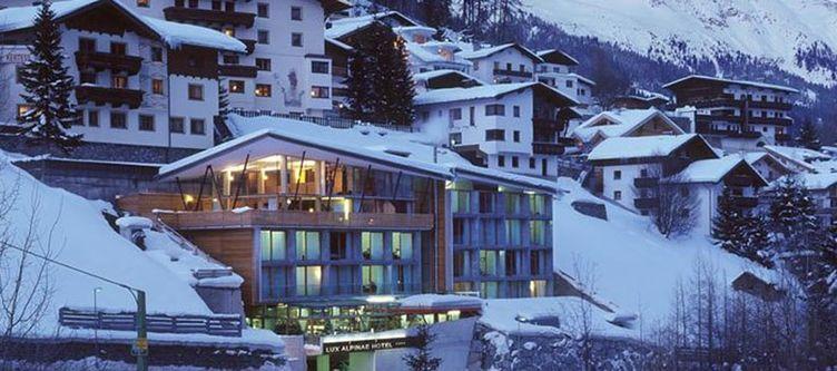Lux Hotel Winter2