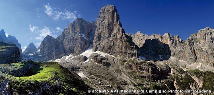 Madonna Landscapes Dolomiti Di Brenta