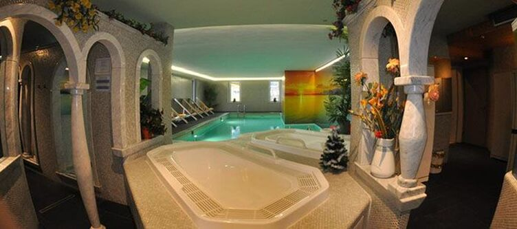 Male Wellness Whirlpool