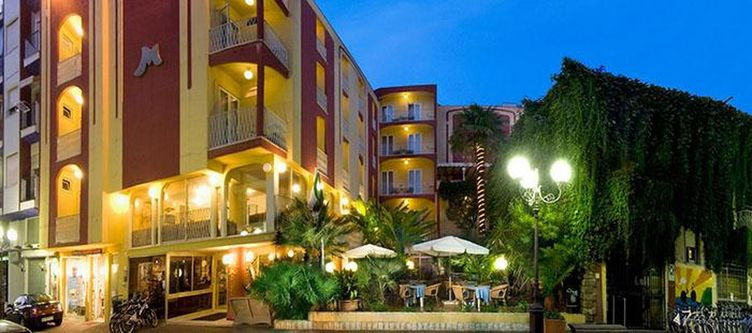 Marinella Hotel2