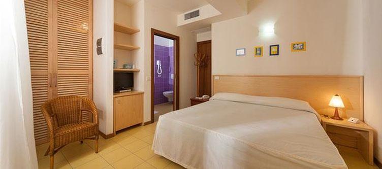 Marinella Zimmer Ponente2