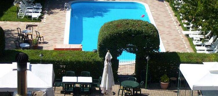 Montenerone Pool
