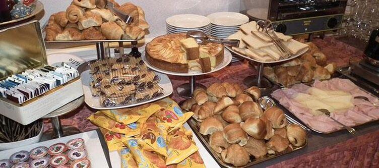 Montepizzo Fruehstuecksbuffet3