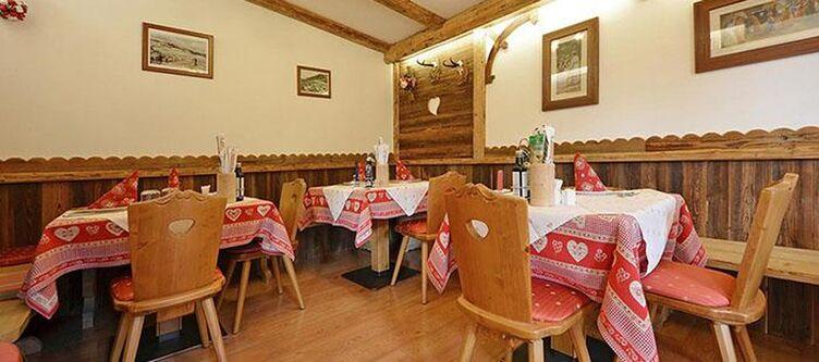 Monza Restaurant3