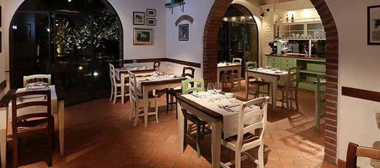 Mormoraia Restaurant