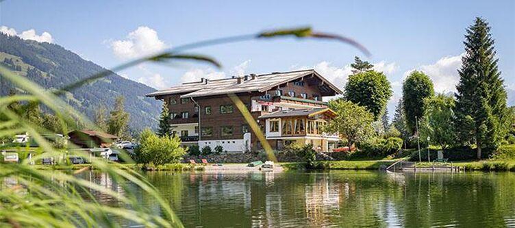Neunbrunnen Hotel2
