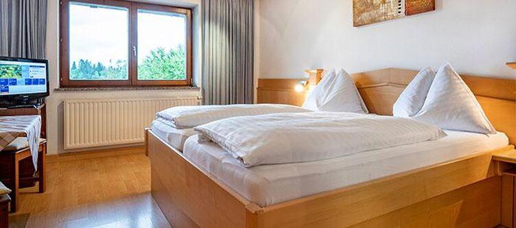 Neunbrunnen Zimmer2
