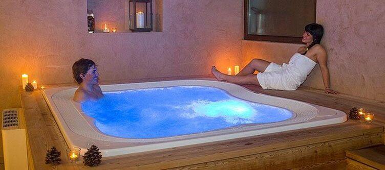 Nevada Wellness Whirlpool2
