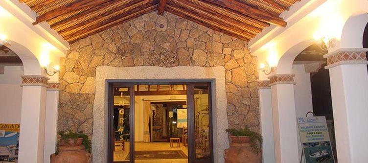Nurahge Hotel Eingang