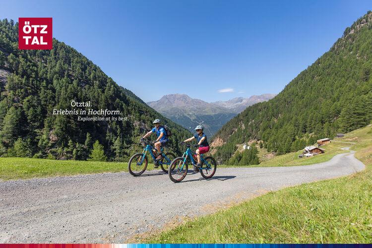 Oetzt Bike Banner 1920x1280px 19 05