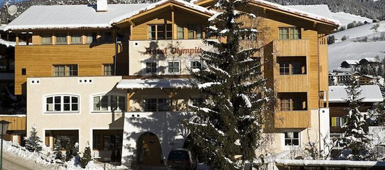 Olympia Hotel Winter
