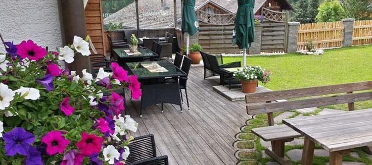 Ortnerhof Garten Terrasse