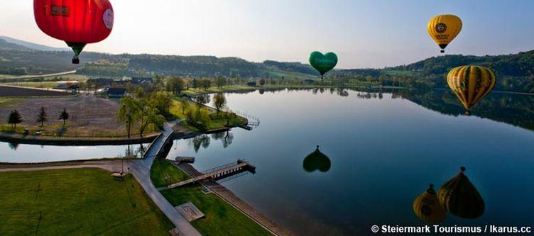 Oststeiermark Ballonfahrt Ueber See