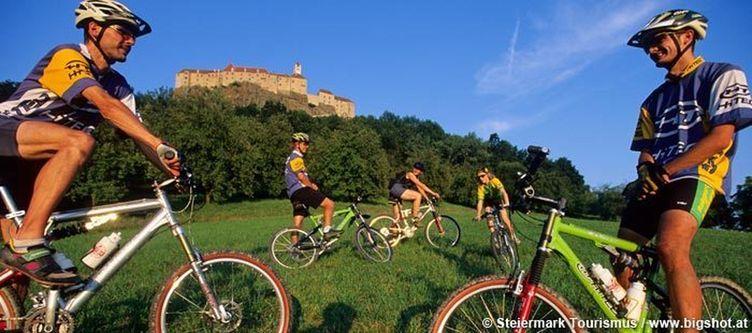 Oststeiermark Riegersburg Mountainbiker