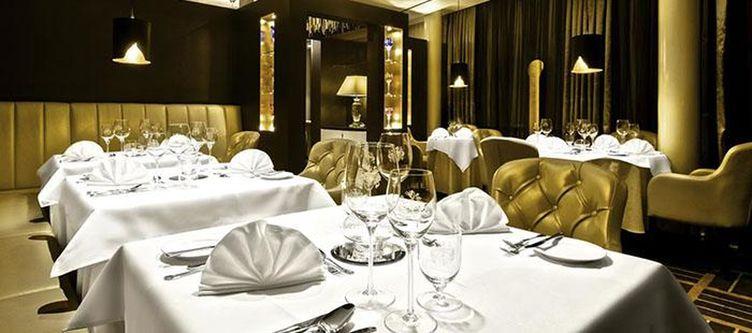 Oswald Restaurant3