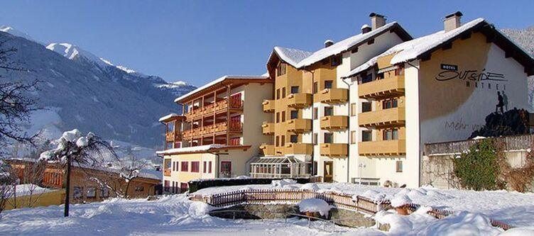 Outside Hotel Winter