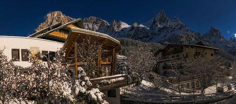 Paladin Hotel Winter