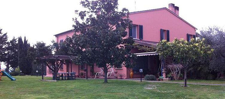 Paradiso Hotel 1