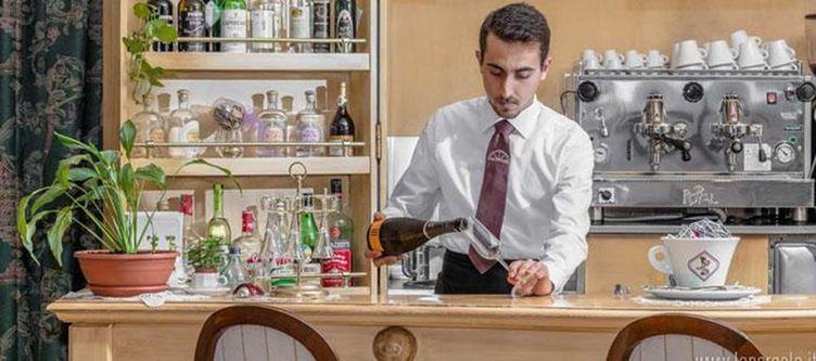 Pergola Bar
