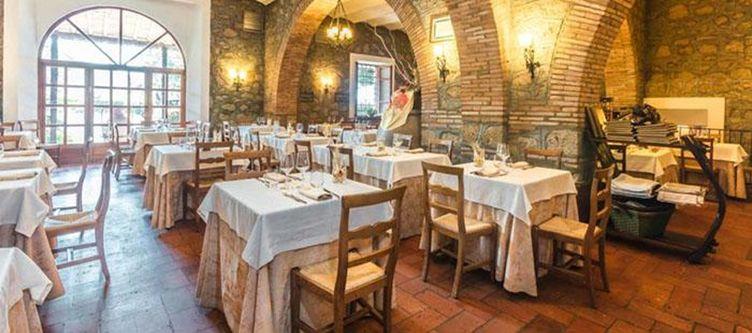 Pergola Restaurant3