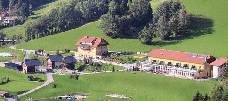 Petschnighof Hotel