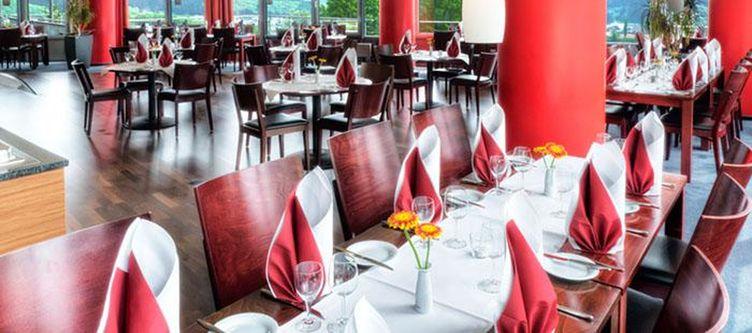 Phoenix Restaurant3