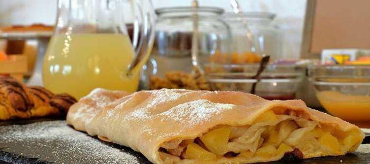 Piccolo Kulinarik Apfelstrudel