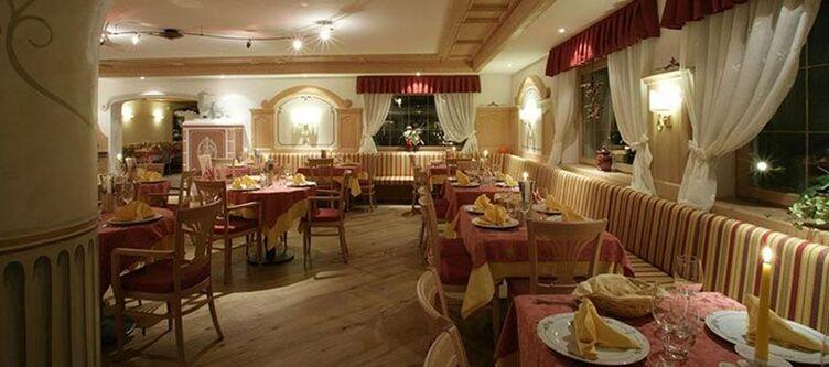 Polo Restaurant2